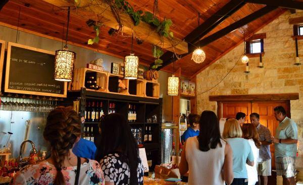 Lara Vineyard Tasting Room