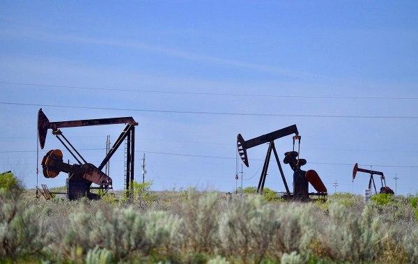 High Plains Oil Pump jacks