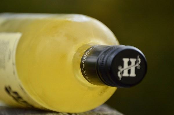 Hye Meadow Junkyard White bottle neck