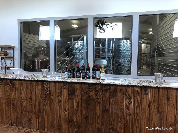 Horn Winery tasting bar