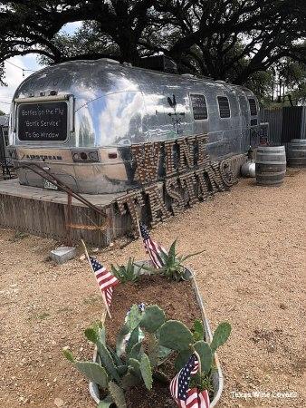 Farmhouse Vineyards tasting trailer full length