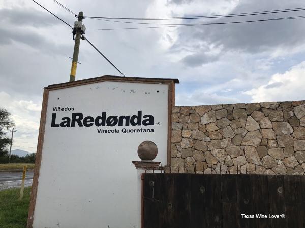 Viñedos Le Redonda sign