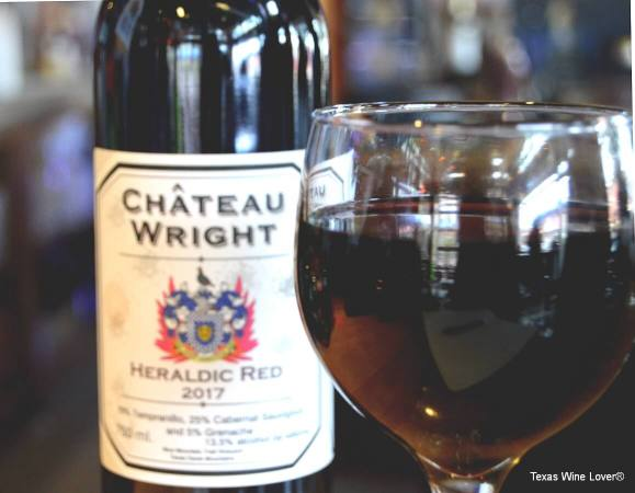 Château Wright Heraldic Red wine glass