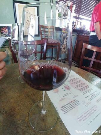 Texas Legato wine glass