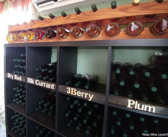 Moose & Goose Winery wines