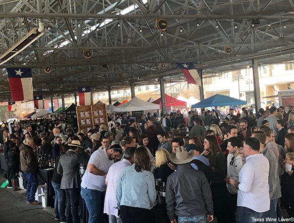 Crowd at the Dallas Farmers Market