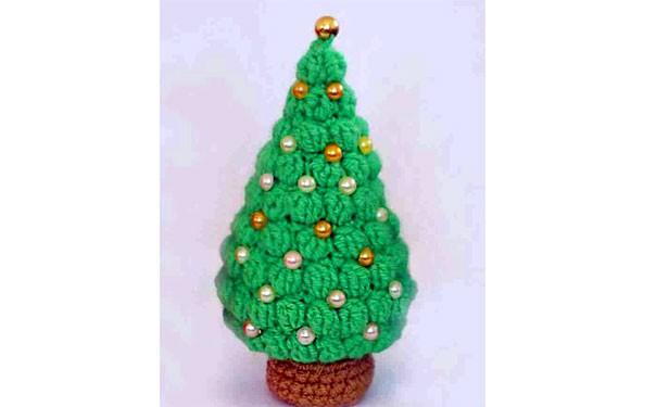 Новогодняя елочка с бусинами. Схема вязания