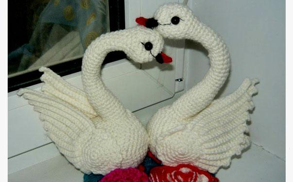 Вязаные лебеди. Мастер-класс