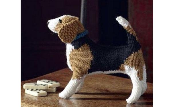 Вязаная собака бигль. Описание