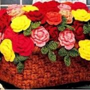 Вязаная крючком корзина с цветами. Схема
