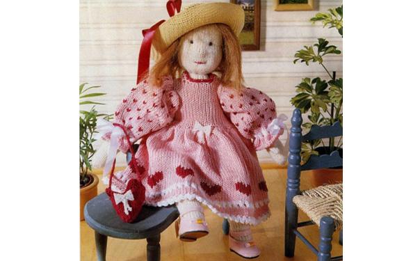 Вязаная кукла Лиза в нарядном платье