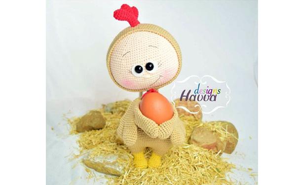 Вязаная крючком игрушка: Бонни в костюме лисы и цыпленка. Описание