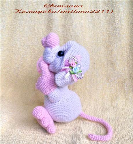 Вязаная  Влюбленная мышка. Схема