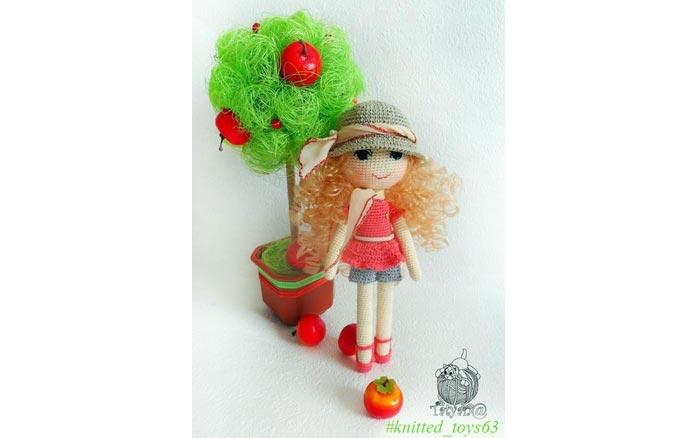 Вязаная куколка Маффин