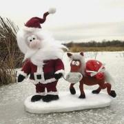 Вязаный Санта Клаус с конем
