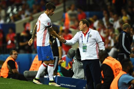 Tiền đạo Smolov và tuyển Nga gây thất vọng ở Euro 2016