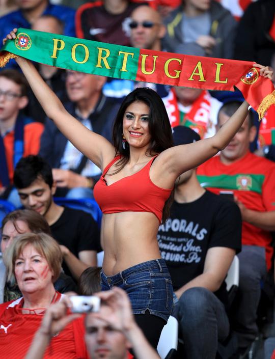CĐV Bồ Đào Nha