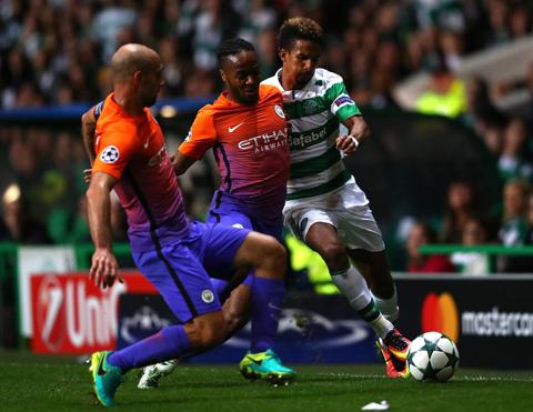 Du am Celtic 3-3 Man City Tham hoa Kolarov hinh anh