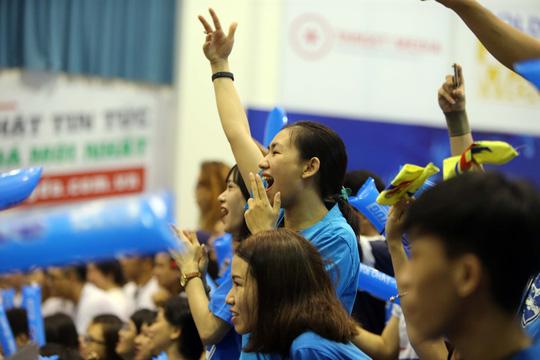 ĐH Tôn Đức Thắng vô địch Dance Battle, Bách Khoa đăng quang futsal - Ảnh 4.