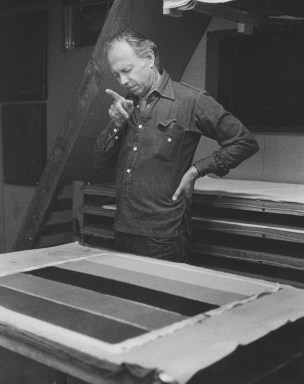 Ellsworth Kelly studying newly pressed 'Colored paper image XIX', Tyler Graphics Ltd, Bedford Village, New York, 1976. Photograph by Betty Fiske