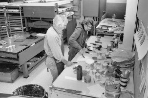 Kenneth Tyler and Helen Frankenthaler mixing inks in the workshop, Tyler Graphics Ltd., Mount Kisco, New York, October, 1992. Photo: Marabeth Cohen-Tyler