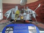 25 Viking Lander