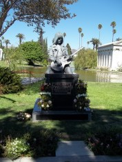 05 Flowers for Johnny Ramone