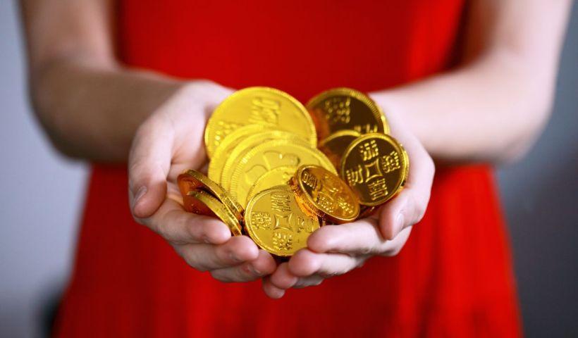 COINS CORRUPT sharon-mccutcheon-534817-unsplash