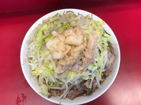 ラーメン二郎中山駅前店真上アングル