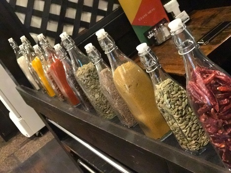 景勝軒系列インドカレー店ビリヤニカレースパイス