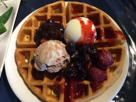 太田ステーキあさくまサラダバーのみワッフルアイスクリームスイーツ