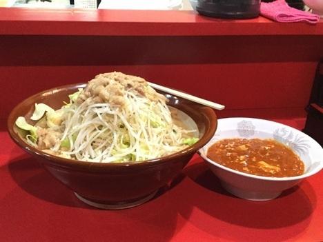 蒙麺火の豚フュージョン麺増しヤサイマシマシアブラ