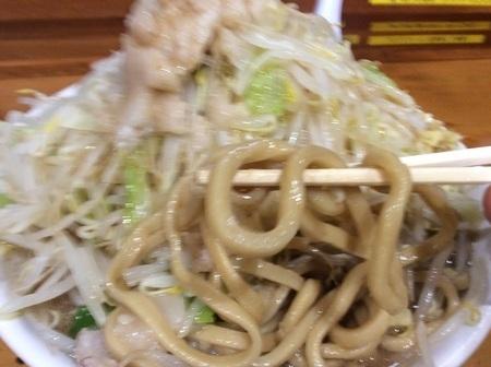 太田滋悟朗麺リフト