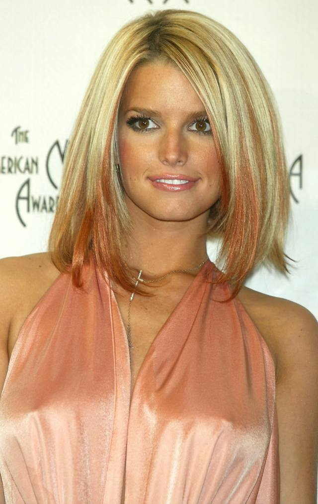 21 jessica simpson hairstyles that were all of our early