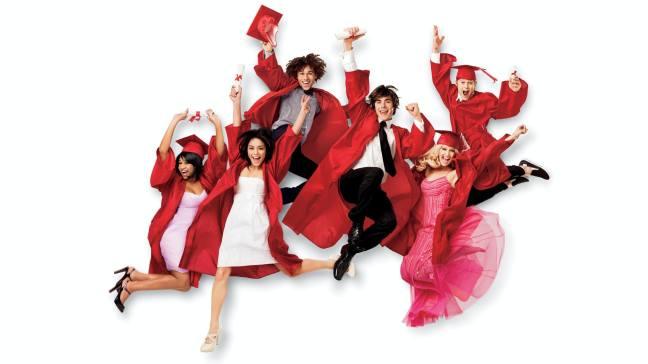 extremely-happy-alumni