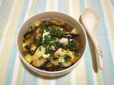 ひじきと豆腐のスープ