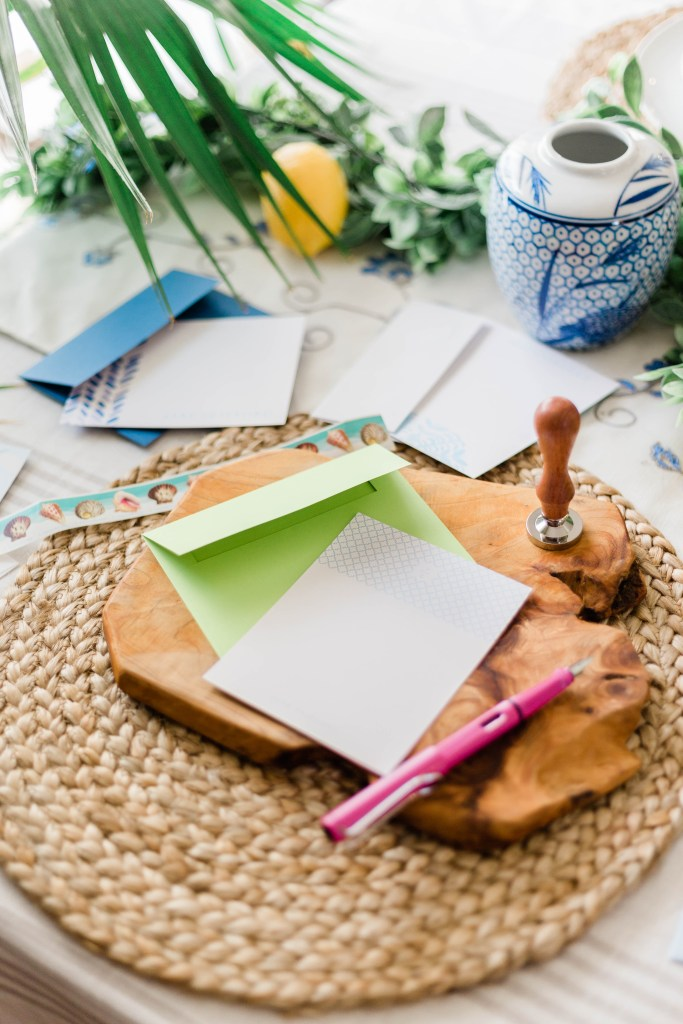 hand written notes, how to make it a habit to write letters, personalized stationary