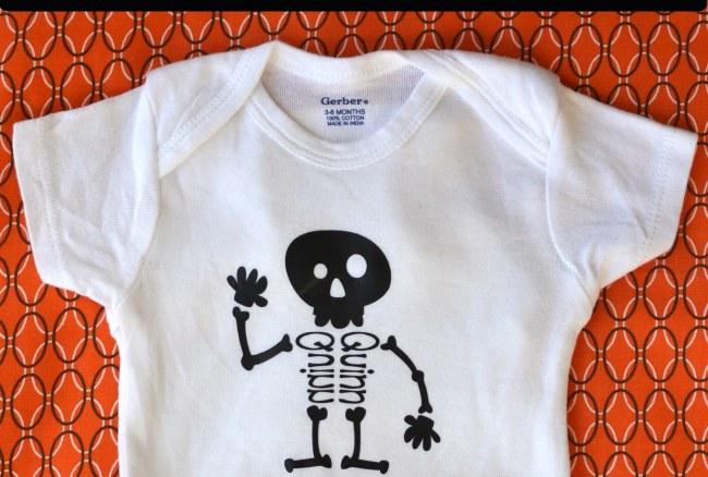 Rattle Me Bones – Halloween HTV