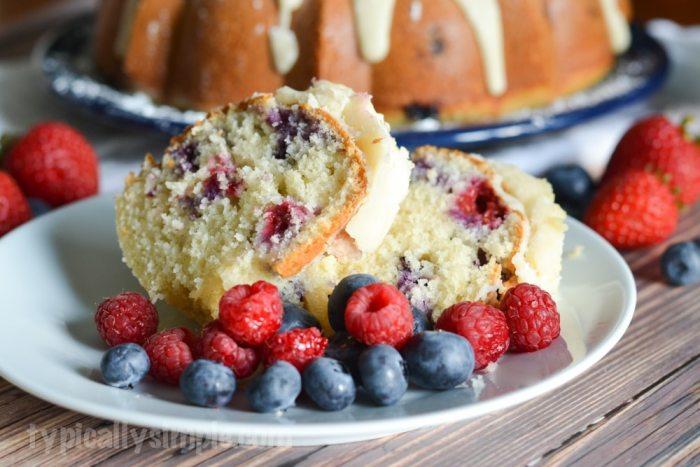 Very Berry Bundt Cake-2