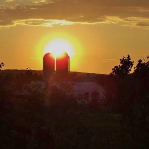Coucher de soleil à la campagne