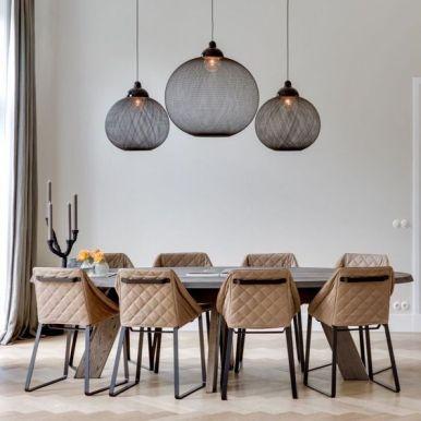 Lampen boven de tafel. #Interieuradvies @TYPISCHROOS