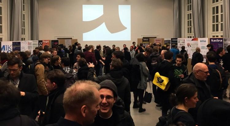 Typostammtisch Berlin am 28. Janaur 2016: Absolventen-Ausstellung, bestens besucht!