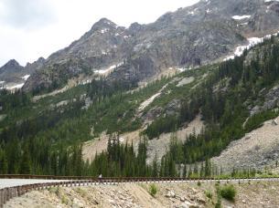 037. Climbing up to Washington Pass