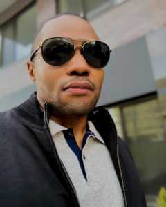 1 person, Billy Reid, Banana Republic, Tyrone Smith, musician, producer, composer, influencer, and sunglasses