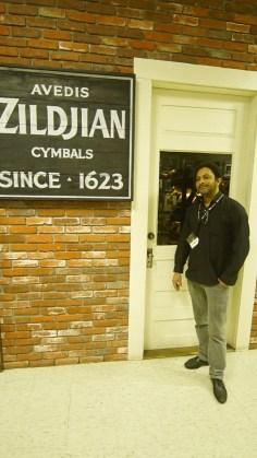 Turnê EUA 2015 Visita a Fabrica Zildjian