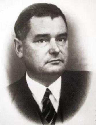 Henryk Sławik w marynarce, koszuli i krawacie, fotografia portretowa (popiersie)