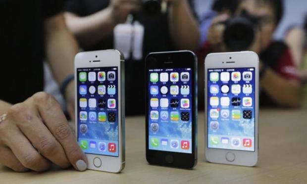 Названа стоимость iPhone 5se в России