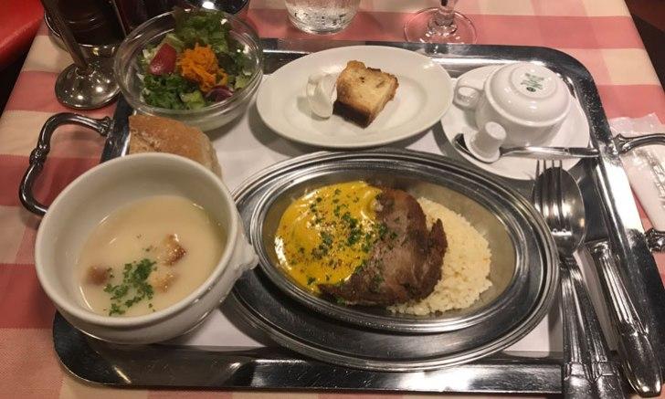 フランス料理店クレッソニエール 豚肩ロースのやわらか煮込み マンゴーソース