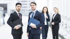 【知らないと失敗】ビジネス向けオンライン英会話スクールの選び方【英語】