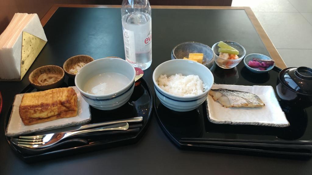 Cathaypacific Lounge at Tokyo Haneda